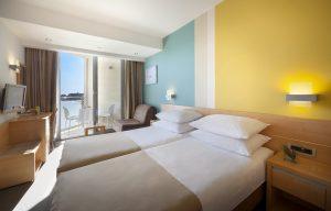 doppelzimmer hotel maestral fußball trainingslager kroatien