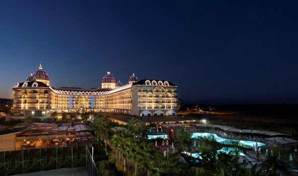 aussenansicht hotel adalya türkei