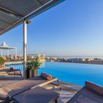 pool auf dem dach ax the palace hotel malta golfreise